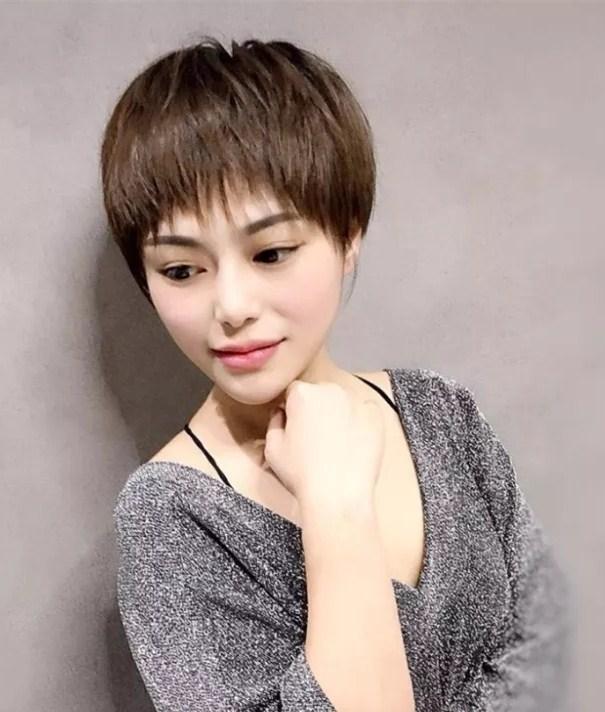"""2018夏季就剪""""小盖盖""""发型,美到最减龄_凤凰时尚图片"""