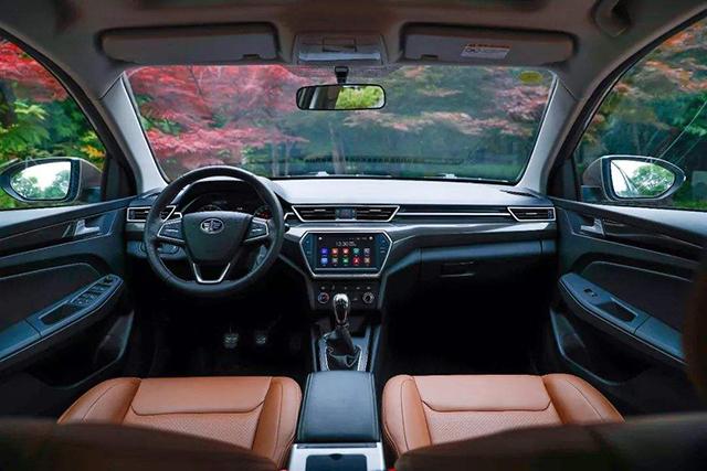 花蔚领一半的钱买跨界旅行车骏派CX65值吗?