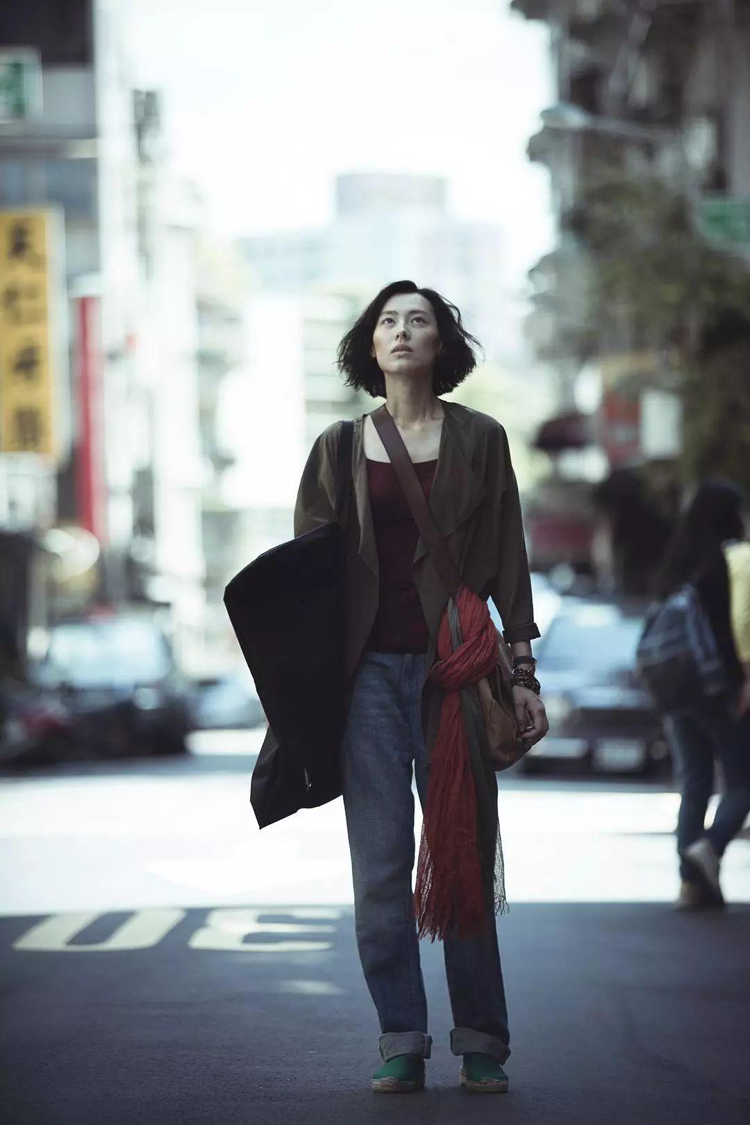 香江忆旧录||梁洛施,就你也配做独立女性?