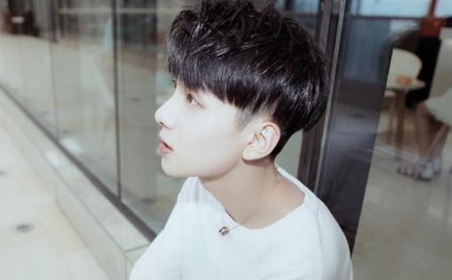 最近,王乐乐的新造型可是掀起一波热议~换了发型的他和以前相比,简直图片