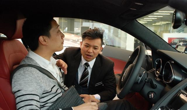 懂车的人都买了什么车?丰田销售顾问提了本田CRV