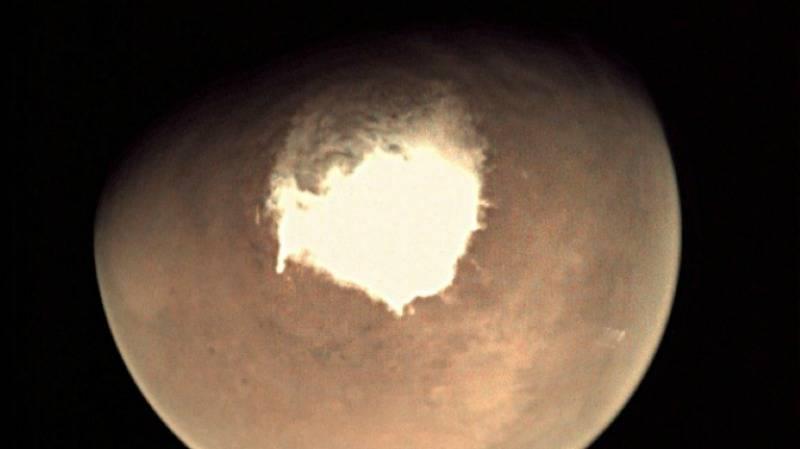 """火星上首次发现液态水湖,""""火星移民""""不是梦?"""