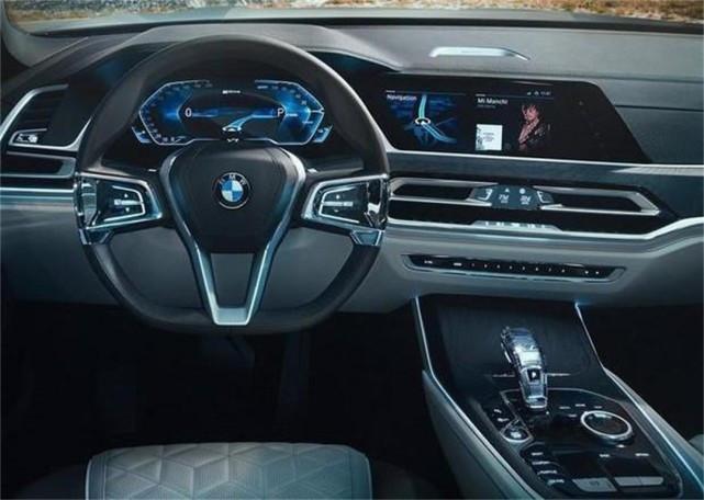 还买啥宾利宝马X7来了配全透明车顶价格让人拍手叫好_陕西快乐十