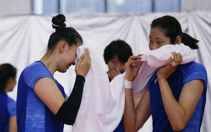事隔20年郎平再次冲击亚运金牌 中国女排名单意外三接应三副攻