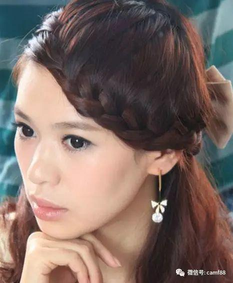 优雅时尚长发刘海编发,优雅的半扎长发发型,结合侧分的刘海编发