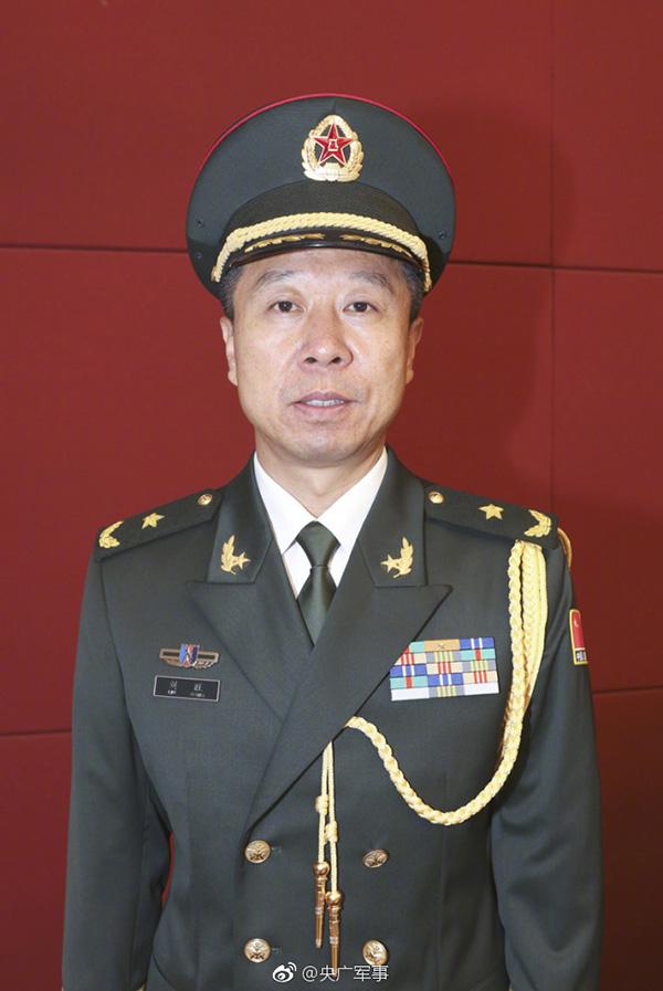 军事资讯_解放军航天员大队特级航天员刘旺被授予少将军衔_凤凰资讯