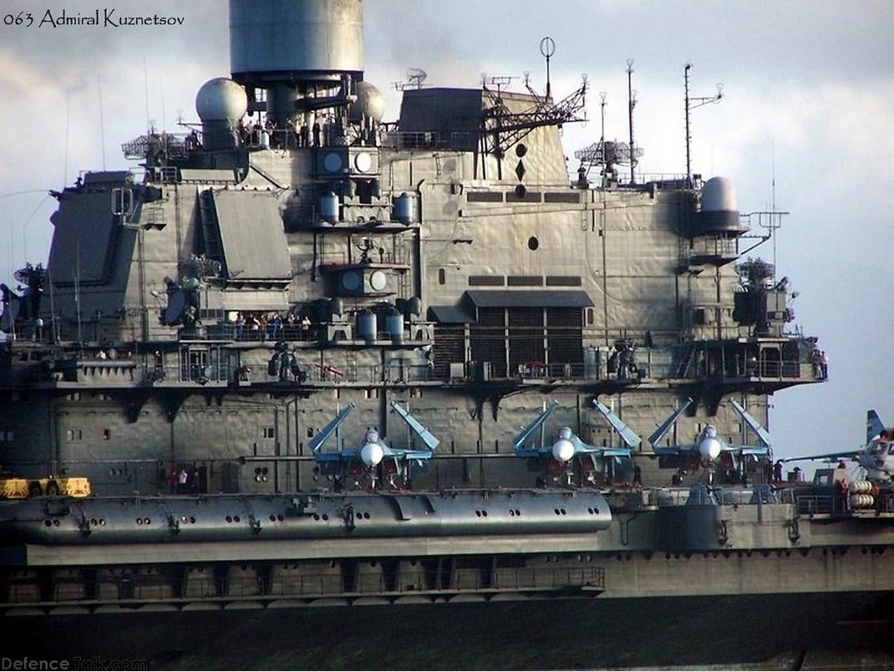"""俄军50000吨航母全面大修:开膛破肚取""""黑心""""举世震惊!"""