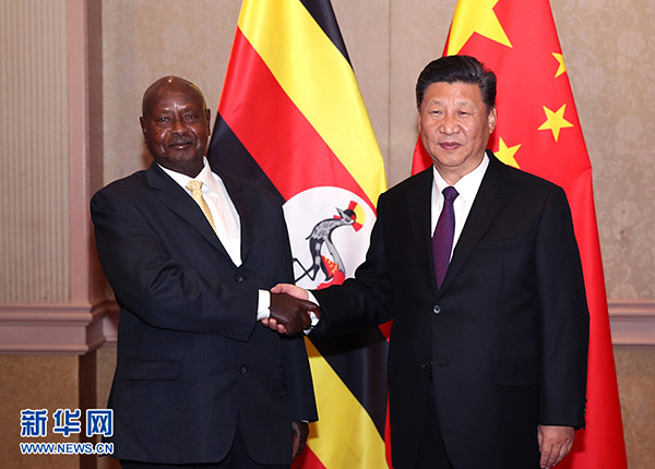 习近平会见乌干达总统穆塞韦尼:全面深化各领域友好互利合作