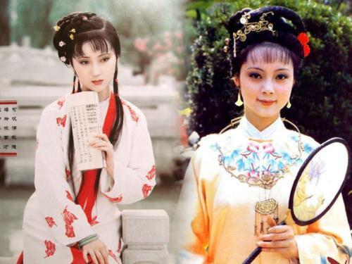 红楼梦里林黛玉和薛宝钗都是大家闺秀,按照规矩,确实是应该大门不出二