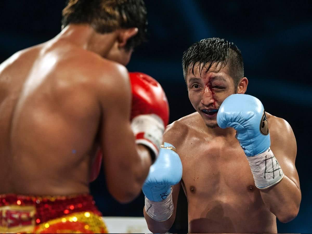 邹市明被KO熊朝忠落败 中国职业拳击受重创