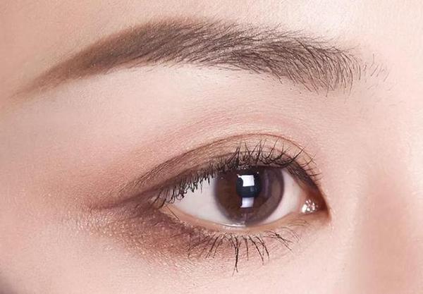 眼影颜色怎么搭配最好看?有哪些画眼影的技巧
