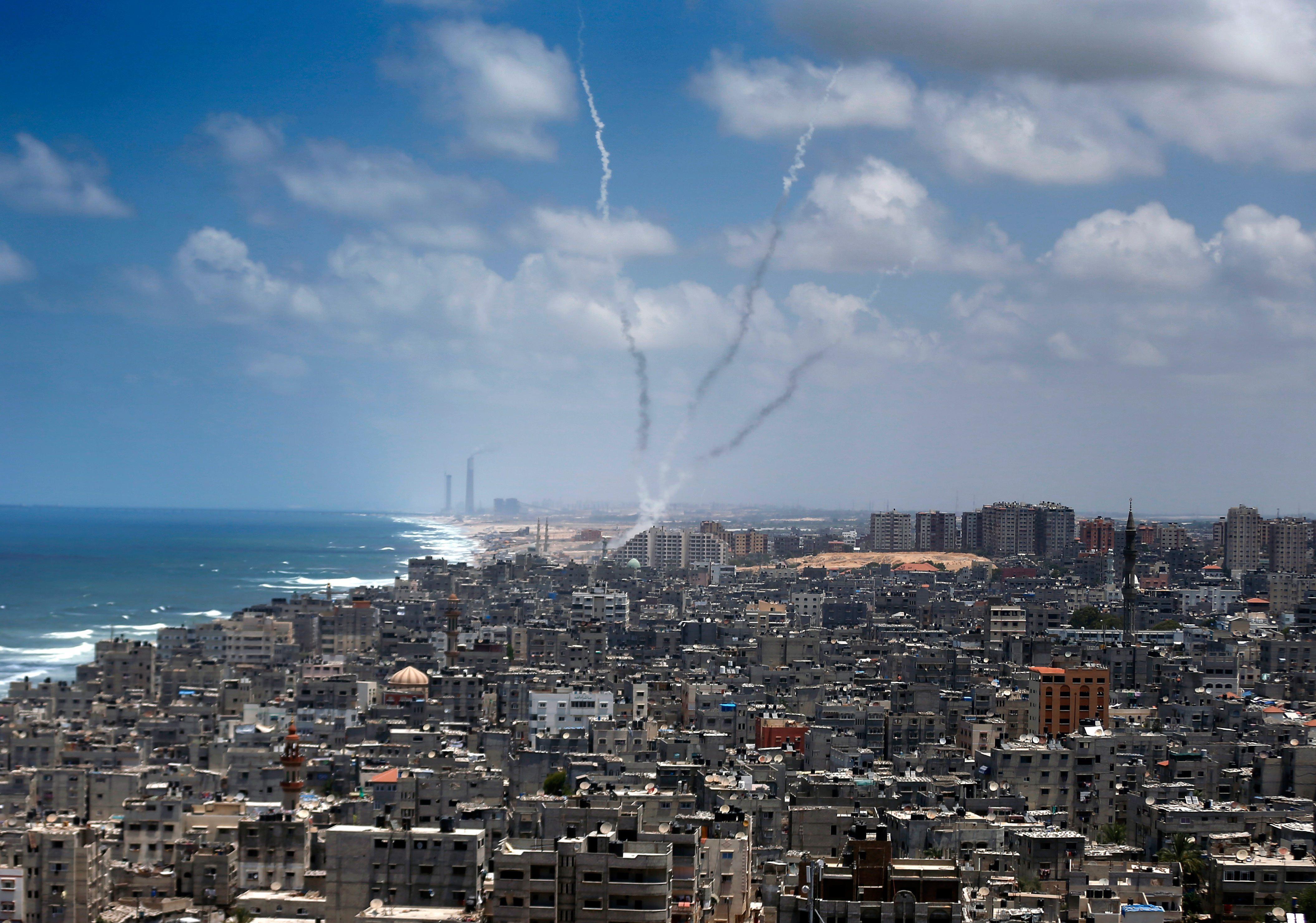 报复火箭弹袭击,以军空袭加沙哈马斯据点,如此死循环貌似无解