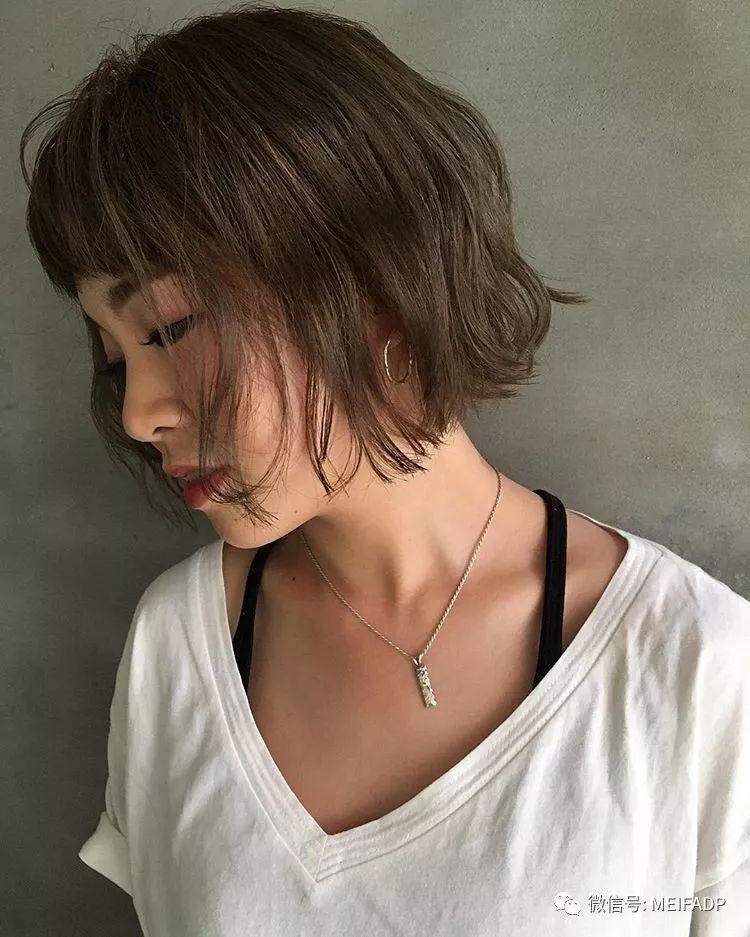 日系齐脖短发图片