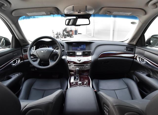 裸车31万起,进口+V6发动机+后驱,英菲尼迪Q70L为何卖不动