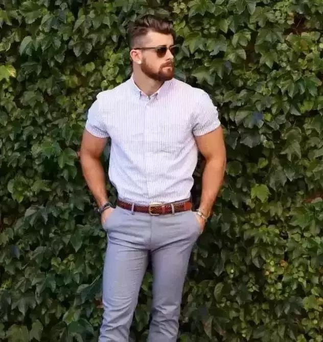 男士夏季穿衣搭配大法,5招练成行走的荷尔蒙!