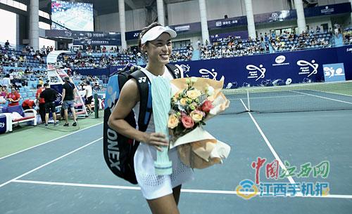 创历史!王蔷收获生涯WTA首冠 郑赛赛因伤退赛