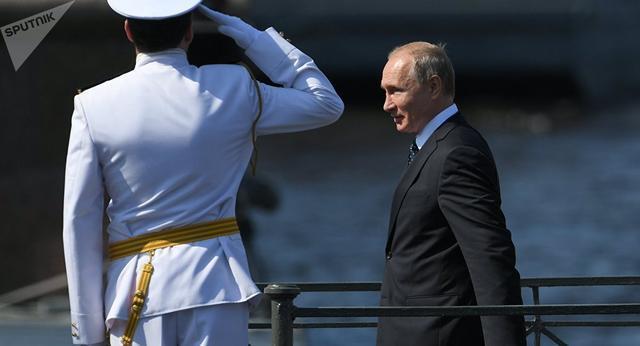 俄海军盛大阅舰式的背后:除了核武器再无威慑