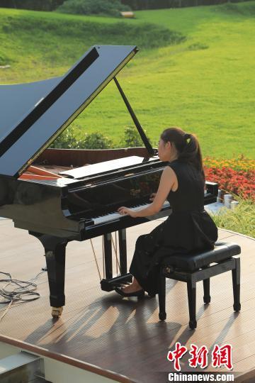 天才少女常荇沈阳郎朗钢琴广场举办个人独奏音乐会