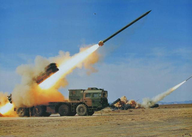 解放军八一献大礼 电磁弹射火箭炮获重大进展