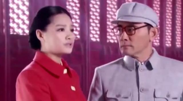 溥仪晚年携妻重游故宫,坐在龙椅上说了10个字