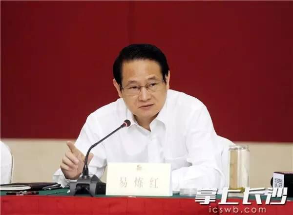 北上一年后转头南下:易炼红成为江西省委又一名副书记