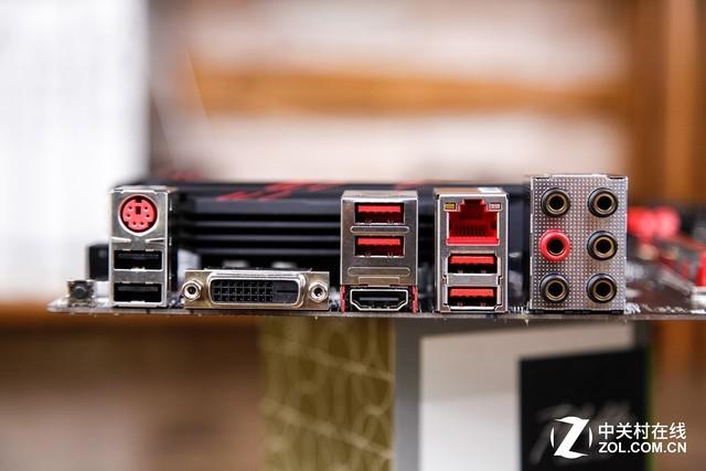 我们将关闭屏幕保护、休眠、系统还原以及自动更新等功能,并统一使用公版主板和显示芯片组驱动程序,内存保持默认状态,为获取最为真实原始的客观评测数据提供基础。最后需要说明的是,测试中所涉及的产品参数以及主板和显示芯片组驱动程序都会在测试平台说明中给予相应注释。 SuperPI SuperPI是一款计算圆周率的软件,本体很小只有几百KB,能力却是非常强,一般我们选择计算小数点后一百万位来测试处理器的单核运算能力及稳定性。  SuperPI测试成绩 FritzChessBenchmark 下面我们借助FritzC