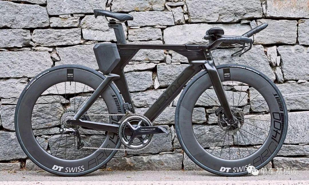 顶级计时赛自行车:bmc的这辆碟刹计时赛,把气动性能发挥到了极致图片