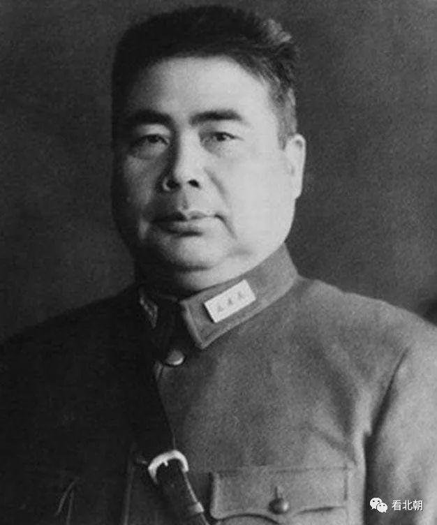 """夹缝里的小军阀的生存之道:杨虎城被迫""""清共""""故事"""
