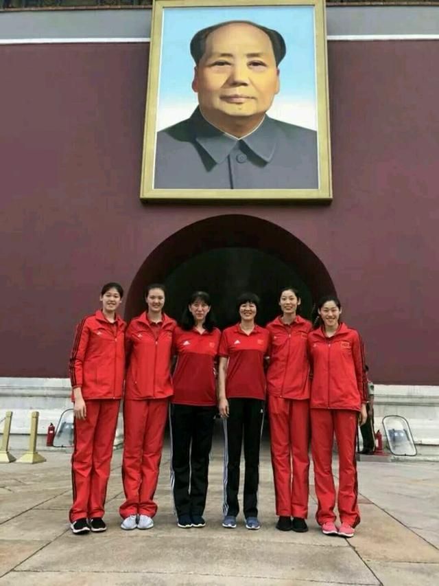 一张照片暗示女排世锦赛主攻线已确定,四大金刚组成最强主攻组合