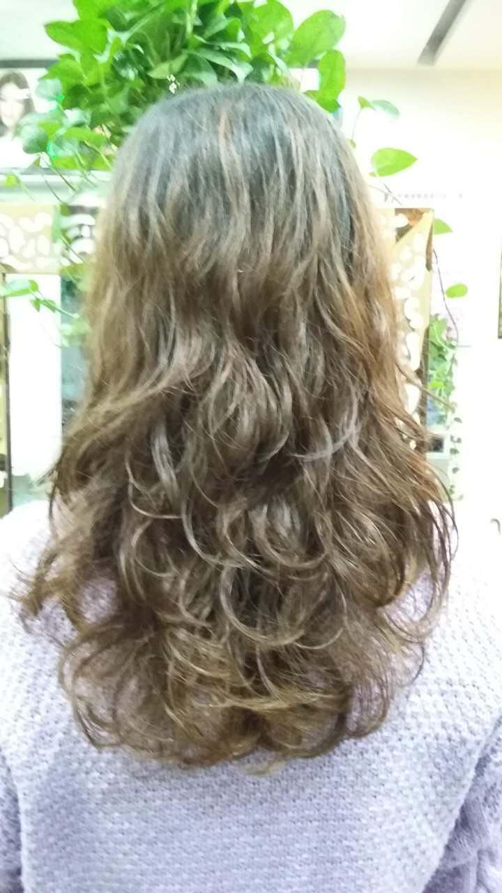 图片烫卷又烫发冷烫,适合热烫发型不想?还是长发齐耳短发剪短短发发型图片