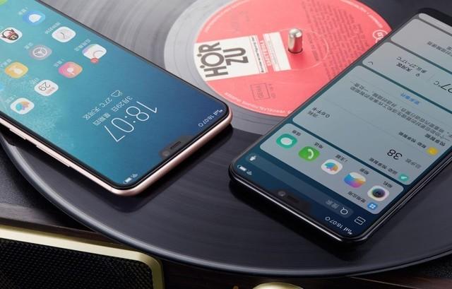 东北证券指出,在苹果iPhone X和三星Galaxy S8的影响下,兼具屏幕视觉效果最大化和手机握持手感最优化的全面屏手机将逐渐成为主流。全面屏的出现提升了用户的使用体验,渗透率得到快速提升。根据群智咨询的预测,2018年全面屏手机将全面爆发,出货量将达到9.1亿部,在智能手机中的渗透率将达到61%,全面屏的大行其道将推动屏下指纹逐步走上标配之路。
