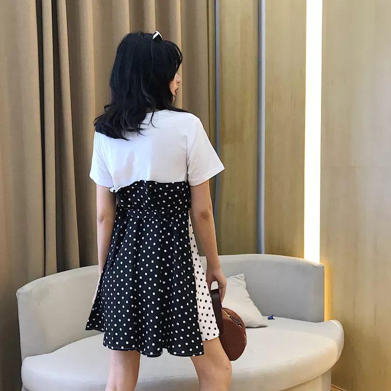 立体剪裁条纹连衣裙