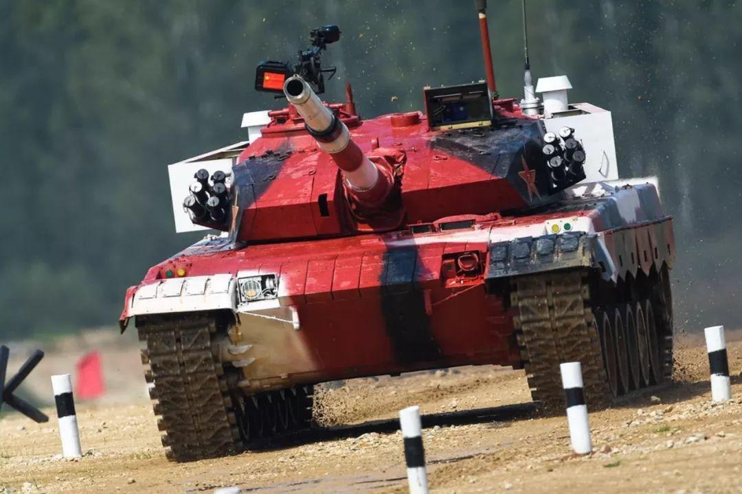 三次参加坦克比赛的车都不一样 细数96坦克发展