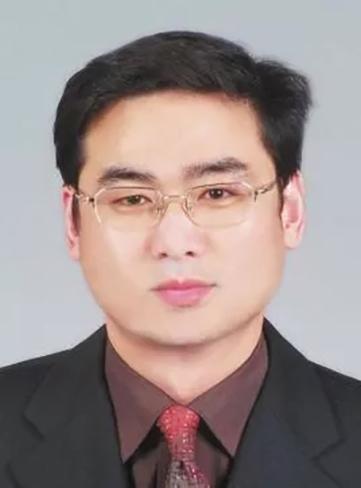 安徽75后博士区长因个人原因辞职 28岁兼任大学教授