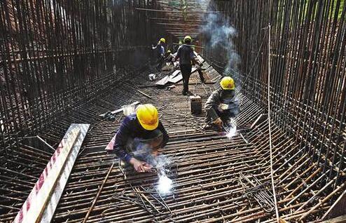 黔张常铁路加紧施工 今年重庆铁路还将有这些动作