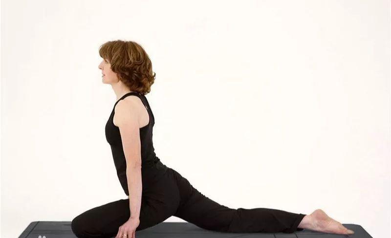 试试这个瑜伽体式.图片