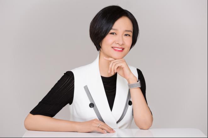 李小萌:我从未离开,只是主持人到创业者的跨界转场