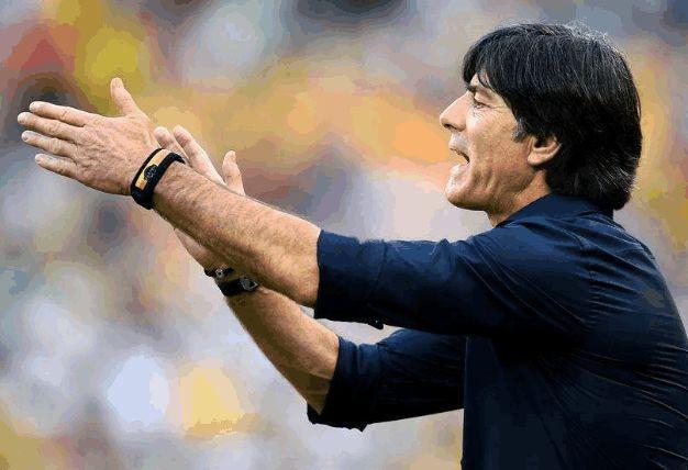 德国队罕见遇到中锋荒,勒夫遭打脸或重新请回瓦格纳