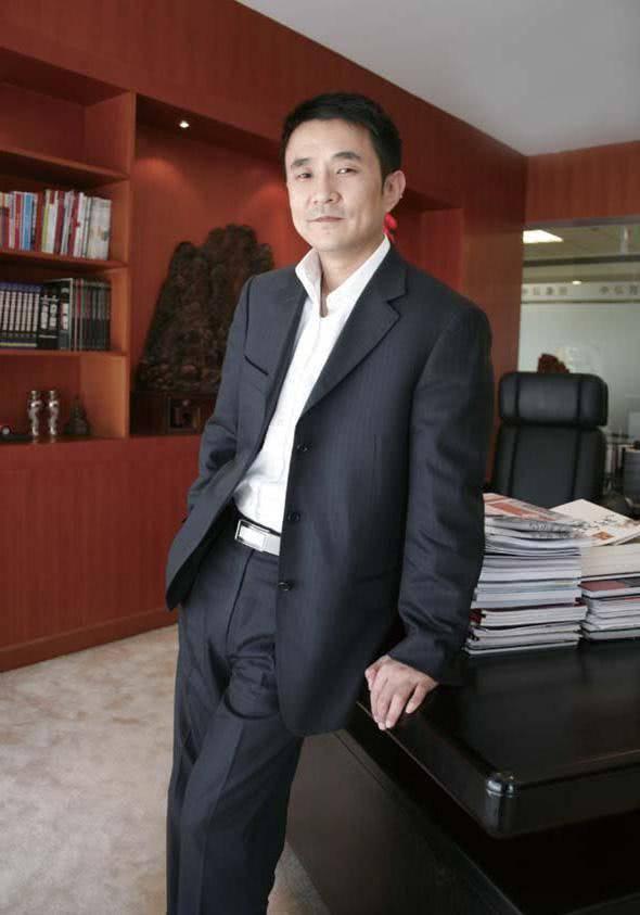 95亿身家京城地产商,10年跨界并购40起...