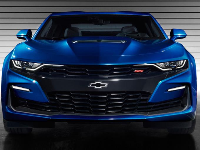 选福特野马还是它 雪佛兰全新科迈罗SS明年开卖-图2