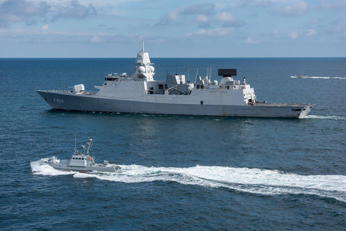 乌克兰带领北约军舰杀向黑海 俄回应:美国保不了它