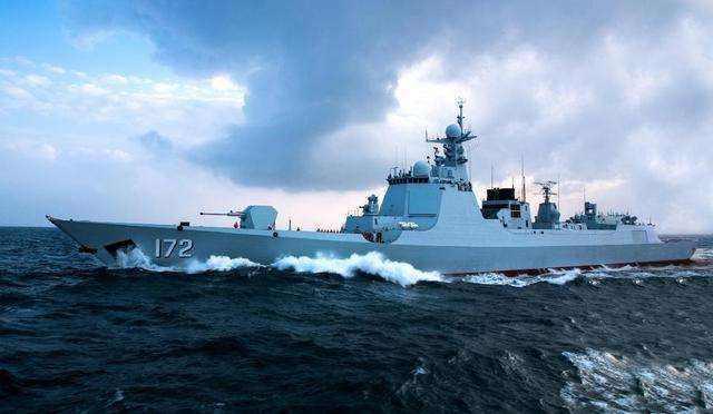 这使中国海军凭借052d能够轻松超越第一岛链.