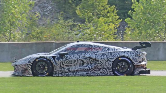 雪佛兰Corvette C8.R谍照曝光:中置超跑魔改赛道版