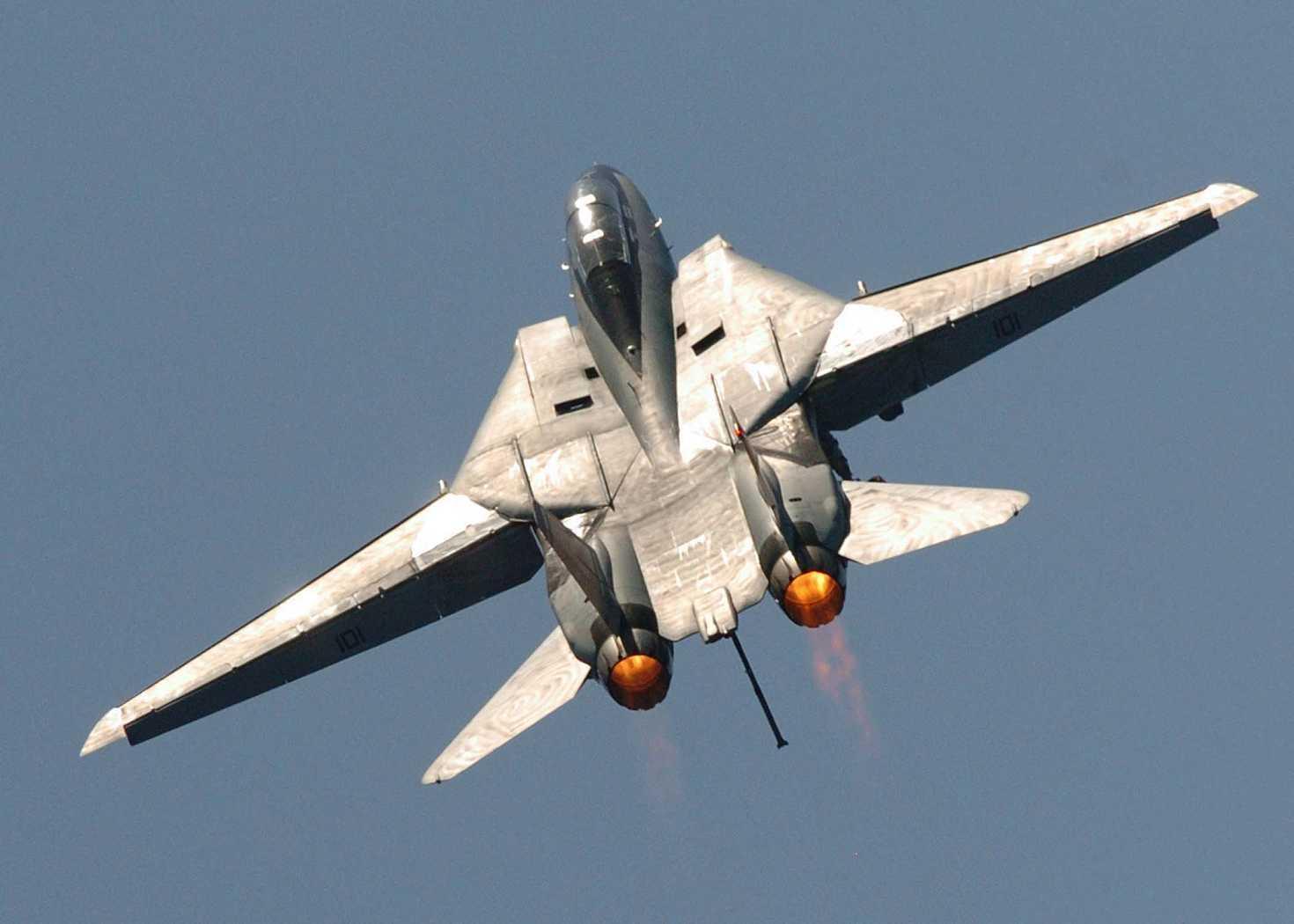 终于不再使用俄制发动机 涡扇15明年装备歼20