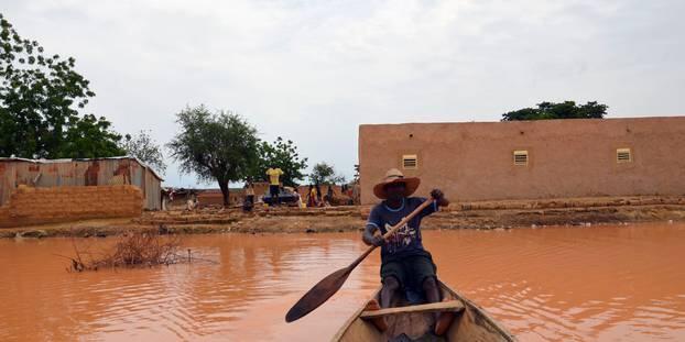 雨季致尼日尔暴雨连连 洪涝灾害已致22人死亡