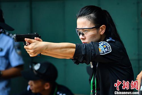 中国警方手枪实用射击比赛在广东佛山开赛