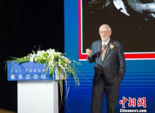 诺奖得主:推动基础科学成果转化 中国正发挥领导作用