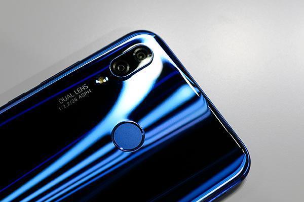 华为nova3手机套_麒麟710版nova 3i正式登场,华为nova 3e降价仅售1779元