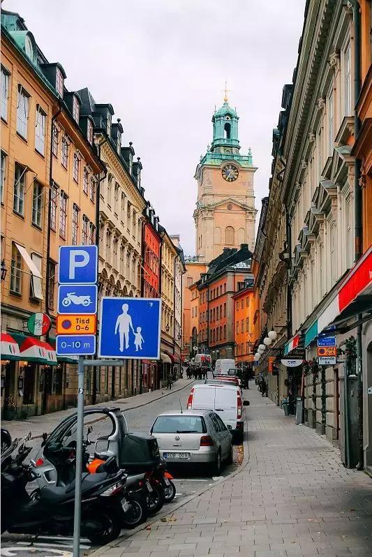 步行距离内,到处是风景名胜,餐厅,咖啡馆,酒吧和商店.