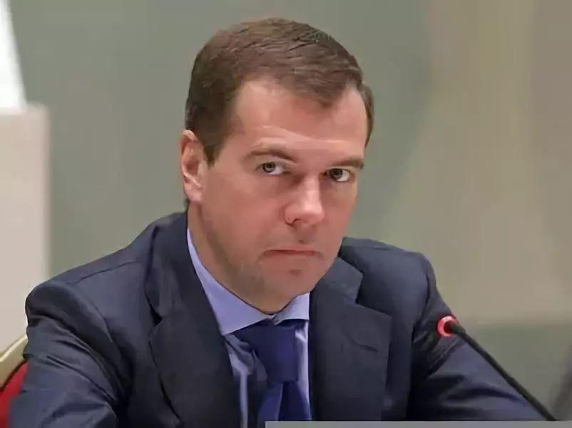 俄总理:可动用一切手段反击美国